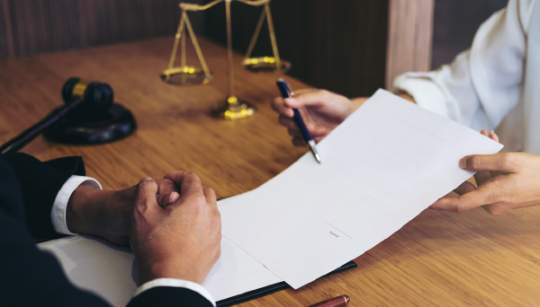 best commercial lawyers